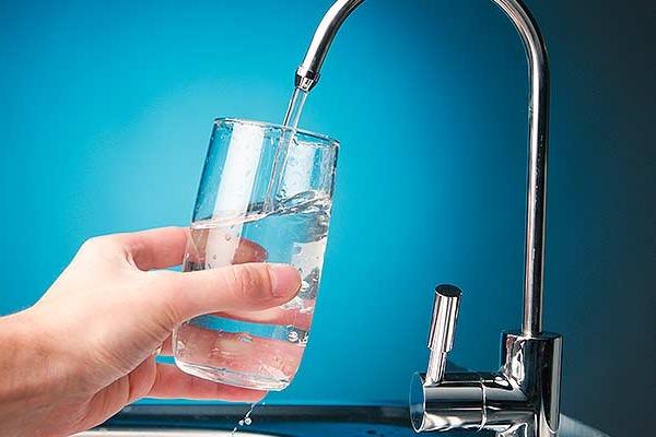 Drinkwater filteren en vitaliseren met een EWO waterfilter of vitalisator